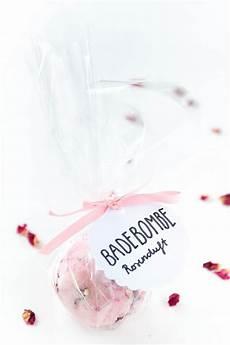 badebomben selbst machen badebomben selber machen ein tolles diy geschenk geschenke aus der k 252 che badebomben selber