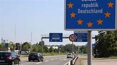 panneau vitesse illimitée allemagne les autoroutes allemandes bient 244 t payantes quot intol 233 rable quot pour les frontaliers alsaciens et