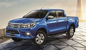 2017 Toyota Hilux Release Date Price Redesign Specs USA