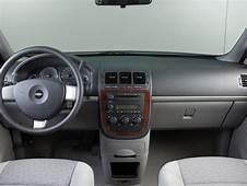 Chevrolet Uplander LS  Photos News Reviews Specs Car
