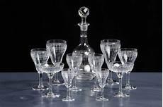 servizio di bicchieri servizio di bicchieri in cristallo inciso da sei persone