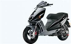 malaguti phantom f12 malaguti f12 phantom 50 lc scooter