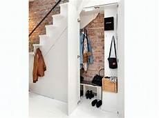 Dressing Sous Escalier 15 Id 233 Es De Dressings Pour Un Petit Appartement Deco
