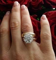25 photo of 5 year anniversary rings