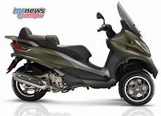 2017 Piaggio Mp3 300 And 500 Mcnews Au