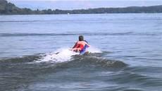 surfbrett mit motor schweizer surfbrett mit jetantrieb