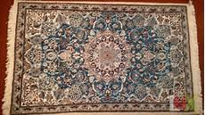 tappeti persiani nain prezzi tappeto persiano modello nain azzurro