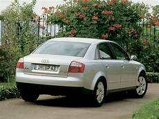 Audi A4 2001 Picture 11 Of 12