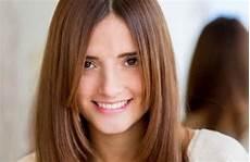 Yuk Intip Model Rambut Wanita Yang Cocok Untuk Wajah Bulat