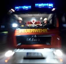 saar pfalz garage sankt garage und autos bei brand zerst 246 rt feuerwehrmann