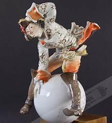 Kristall Und Dahlia Altes Porzellan Glas Und Silber