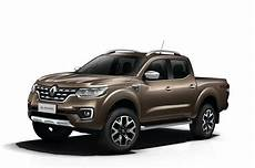 renault up truck manufacturer renault shows alaskan truck