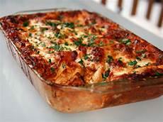 Lasagne Bolognese Rezept - sunday dinner no holds barred lasagna bolognese recipe