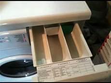 waschmaschine einspülkammer reinigen waschmaschinenreparatur verkalkte wasserweiche