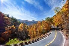 best fall getaways from nyc including fall foliage tours