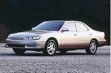 how do cars engines work 1992 lexus es interior lighting 1990 96 lexus es 250 300 consumer guide auto