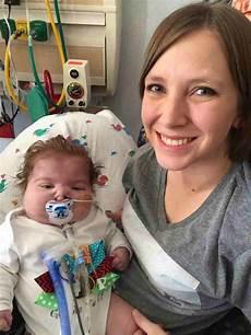 bimbo 13 mesi alimentazione una mamma organizza pacchi per neo mamme in ricordo