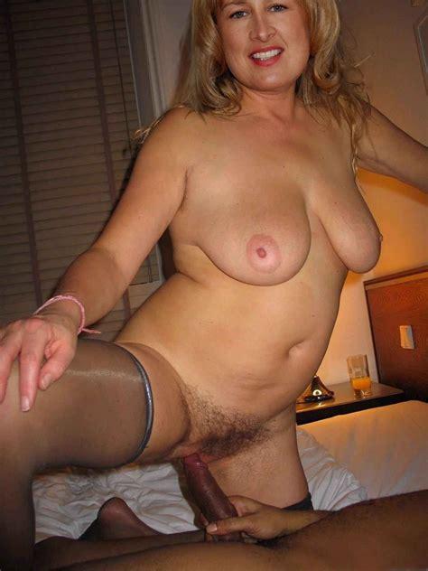 Nude Mature Girlfriend
