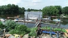hausboot liegeplatz hamburg hausboot hafen hamburg hausboote bootscharter service