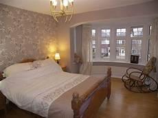 Brown Wallpaper Bedroom Design Ideas Photos Inspiration