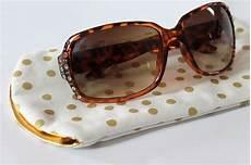 Tutorial Simple Sunglasses Sewing