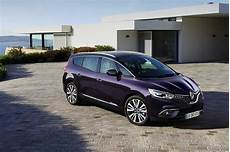 Fiche Technique Renault Grand Scenic 1 7 Blue Dci 150 2020