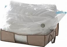sac avec housse pour rangement sous vide linge et habits