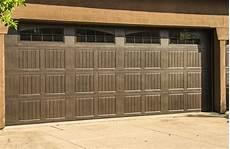Price In Garage Doors by Residential Garage Doors Prices Doors