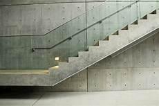 betontreppe der puristische die betontreppe verkleiden treppenbel 228 ge im 220 berblick
