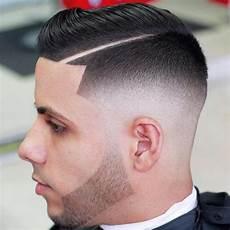 coupe de cheveux homme avec trait