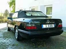 mercedes cabrio w124 e320 smaragdschwarz leder aktuelle