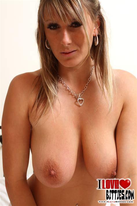 Evelyn Sharma Nude