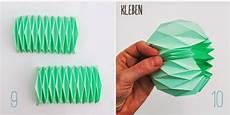 papier vasen basteln mit liebe la reines eine vase aus papier falten