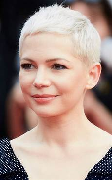 michelle williams from the best celebrity short haircuts