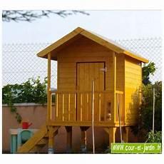 maisonnette en bois sur pilotis cabane de jardin enfants