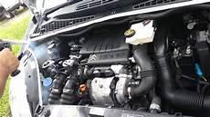 reinigung mit trockeneis eines auto motorraum www clean