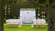 outdoor wedding venue in epping essex gaynes park