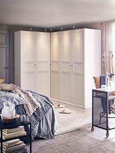 Schlafzimmer Mit Gro 223 Z 252 Gigem Kleiderschrank Ikea