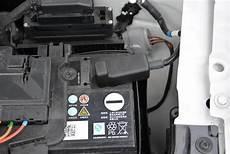 Autobatterie Polo 9n - car battery negative quot quot protection cover frame clip