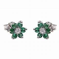 orecchini fiore orecchini fiore con diamanti ct 0 08 e 12 smeraldi ct 0 60