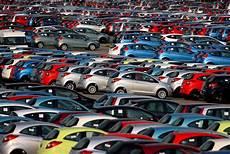 auto neuzulassungen 2016 3 35 millionen neuwagen wirtschaft