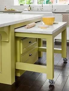 Küchenschrank Mit Ausziehbarer Arbeitsplatte - kleine k 252 che einrichten wohnideen k 252 cheneinrichtung