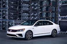 Vw Passat Sports Show And Go With 2018 Gt News Cars