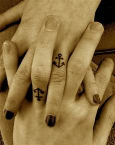 Small Anchor On Finger