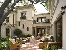 spanish style house plans with interior courtyard 40 spanish homes for your inspiration