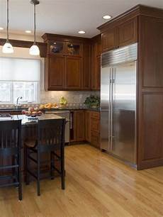 Kitchen Cabinet Color Wood Floor by 1000 Images About Kitchen Cabinet Floor Combos On