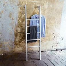 schlafzimmer kleiderständer deko holzleiter h175cm vintage shabby