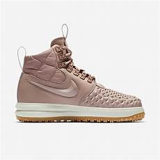 nike lunar hitam pink nike lunar force 1 duckboot particle pink grailify sneaker releases