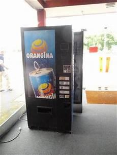 distributeur automatique occasion distributeurs automatiques de boissons fra 206 ches en belgique pays bas luxembourg