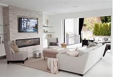 innenarchitektur wohnzimmer mit kamin tv above fireplace design ideas